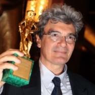 Mario-Martone-David-Di-Donatello-2011-300x225