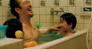 28859544_father-and-son-soshite-chichi-ni-naru-2014-di-hirokazu-koreeda-4